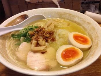 ようすけ_麺1.JPG