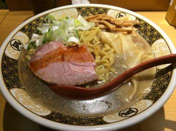 凪2_麺.JPG